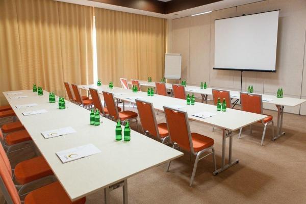sala konferencyjna w hotelu Eclipse